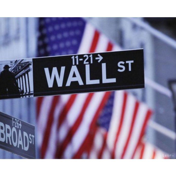 akciový trh prekonáva očakávania analytikov Wall Street
